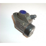 Front Wheel Cylinder Right Hand - Rebuild and return